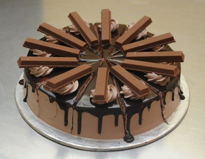 Top 10 Around The World S Best Ever Kitkat Cakes