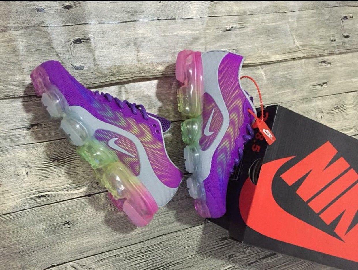 Nike Air Vapormax sneakers Sizes