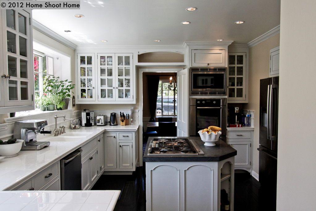 Colonial Kitchen Kitchen Design Kitchen Cabinet Design Kitchen Design Small