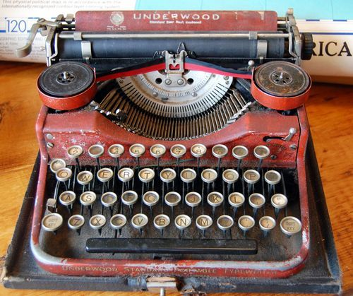 Red vintage typewriter-would love to find one like this!