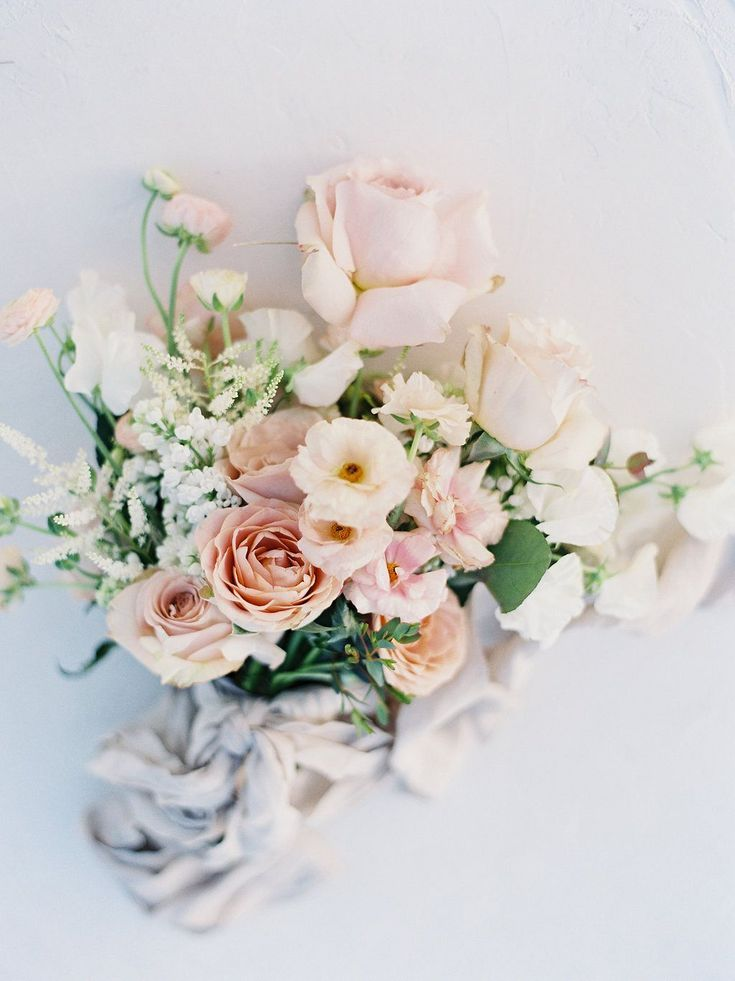 Blush and peach wedding ideas in the prairies, rosy bridal bouquet, pink and white flowers, silk ribbon, spring wedding inspiration, bridal flowers, #whitebridalbouquets