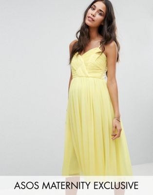 Vestido a media pierna con diseño fruncido ASOS Maternity WEDDING