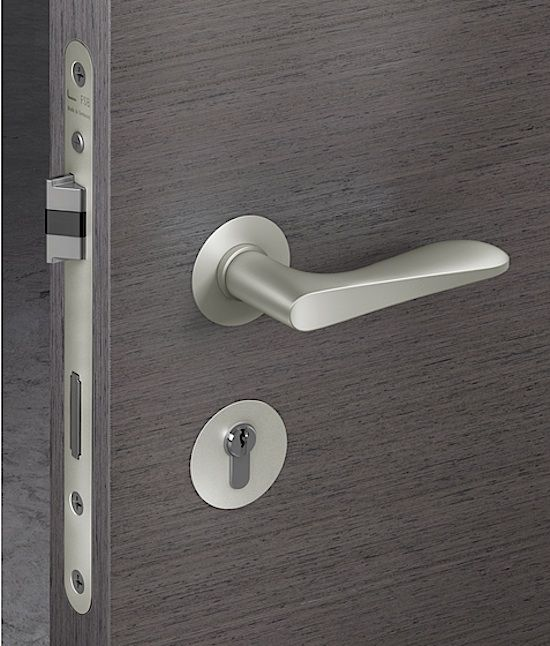 Door Hardware Sets The Tone For Your Entryway This Is Not A Place Where You Want To Scrimp Here Are Our Door Handles Modern Door Design Modern Door Handles