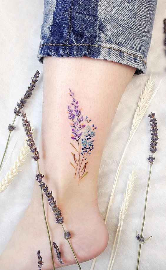 A lifestyle blog from Malla: 2019 trend colorful and floral tattoos
