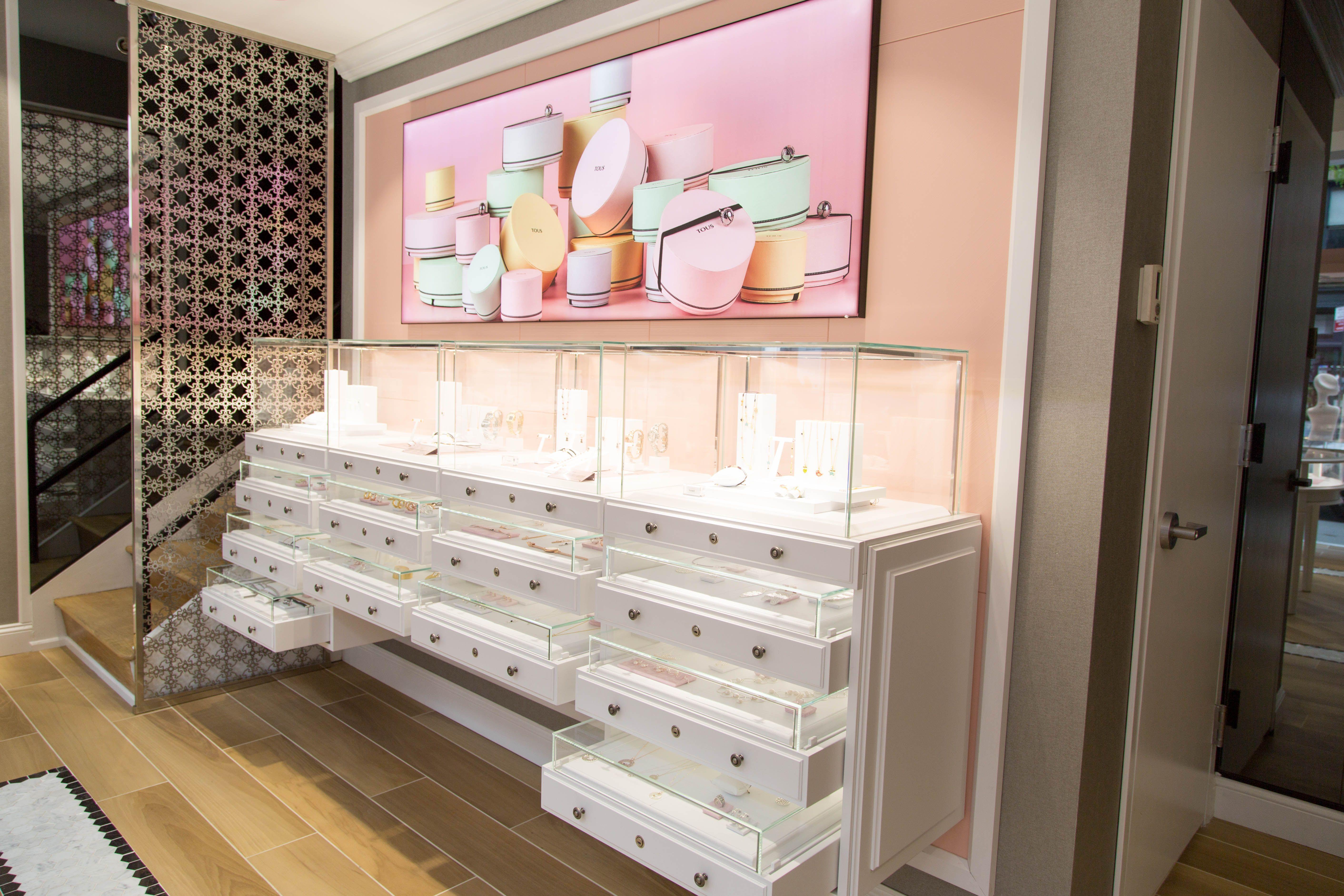 Tous Soho New York Interior Display Store Decor Store Design