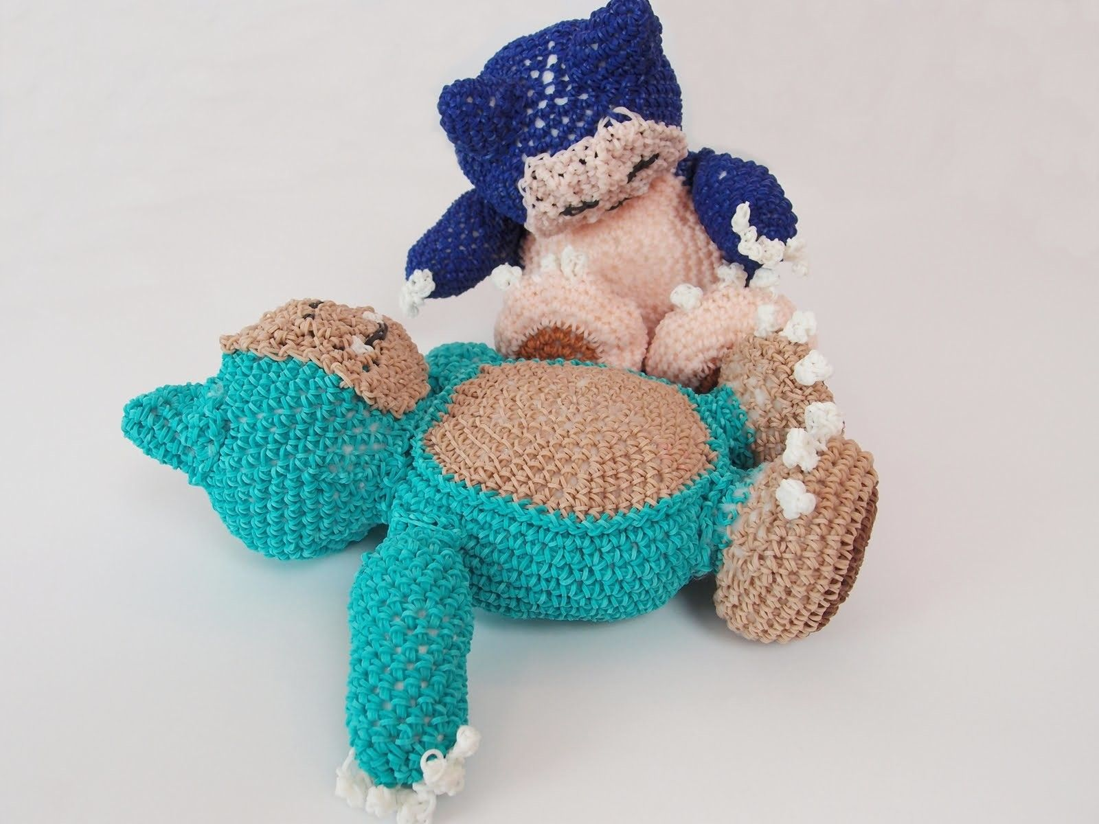 Amigurumi Loom Patterns : Snorlax pokemon rainbow loom bands amigurumi loomigurumi hook only