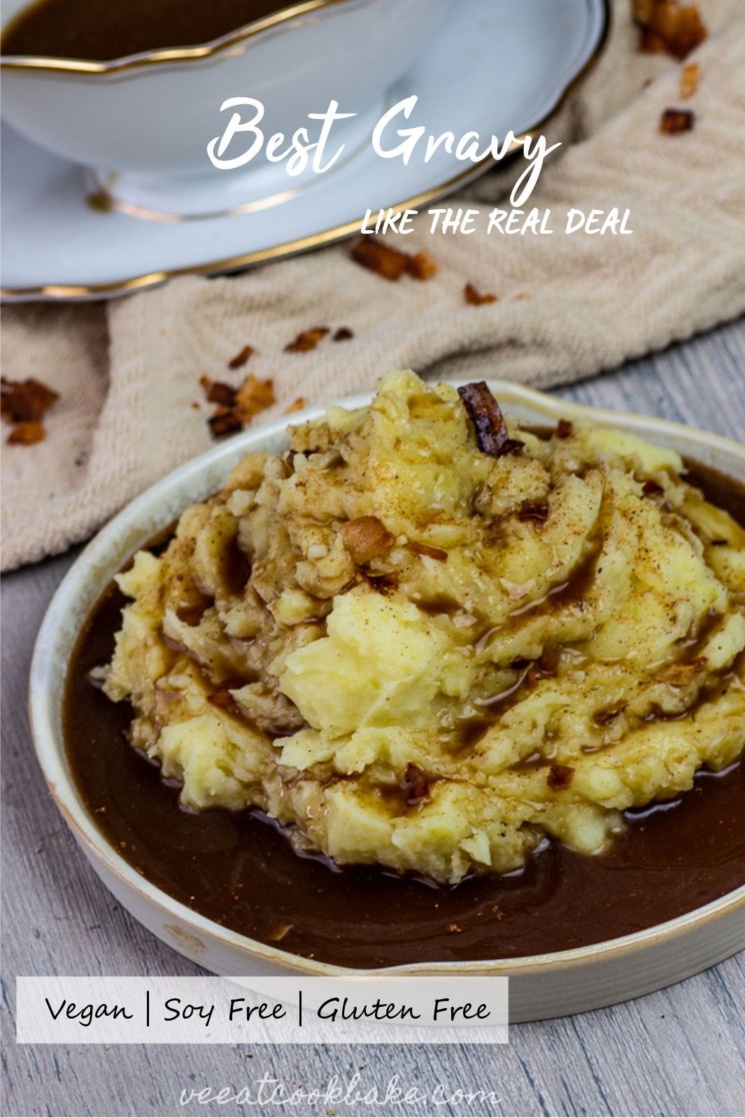 An Easy And Simple Recipe For The Best Vegan Gravy You Can Imagine It Tastes Like The Vegan Thanksgiving Recipes Vegan Holiday Recipes Vegan Christmas Recipes