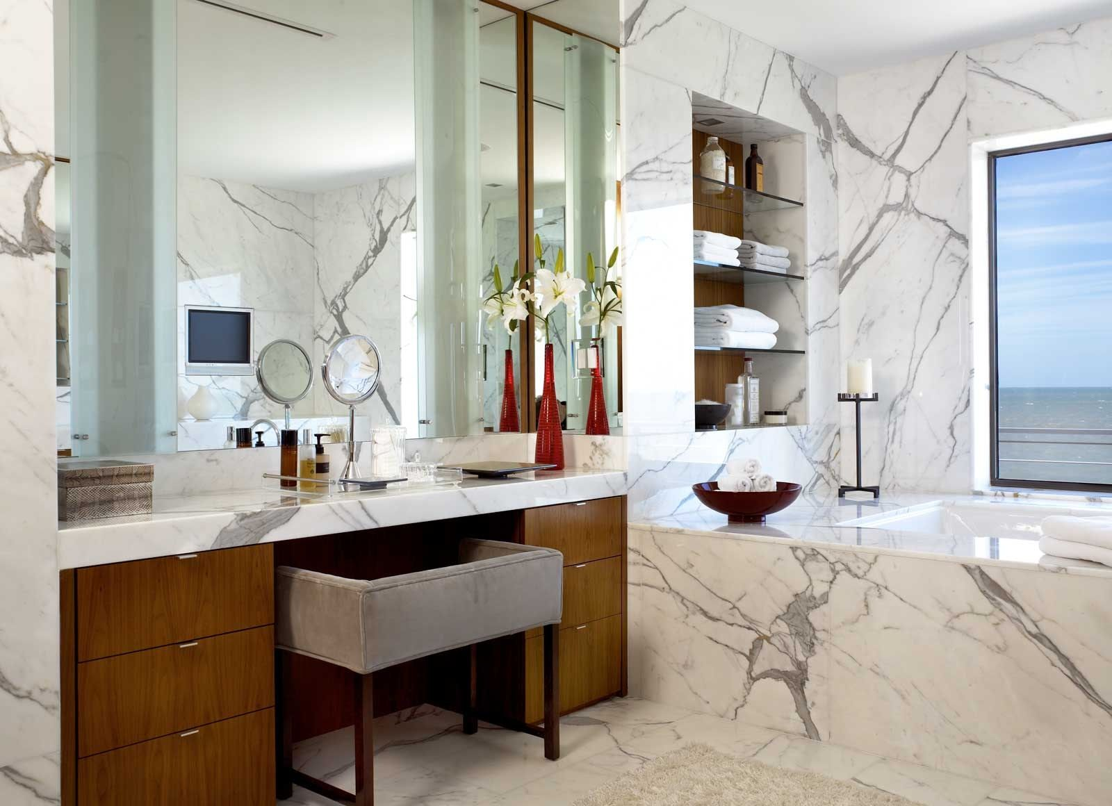 Johns Island Residence Vero Beach Fl Master Bathroom Contemporary Bathroom Designs Interior Design Portfolios Contemporary Bathrooms