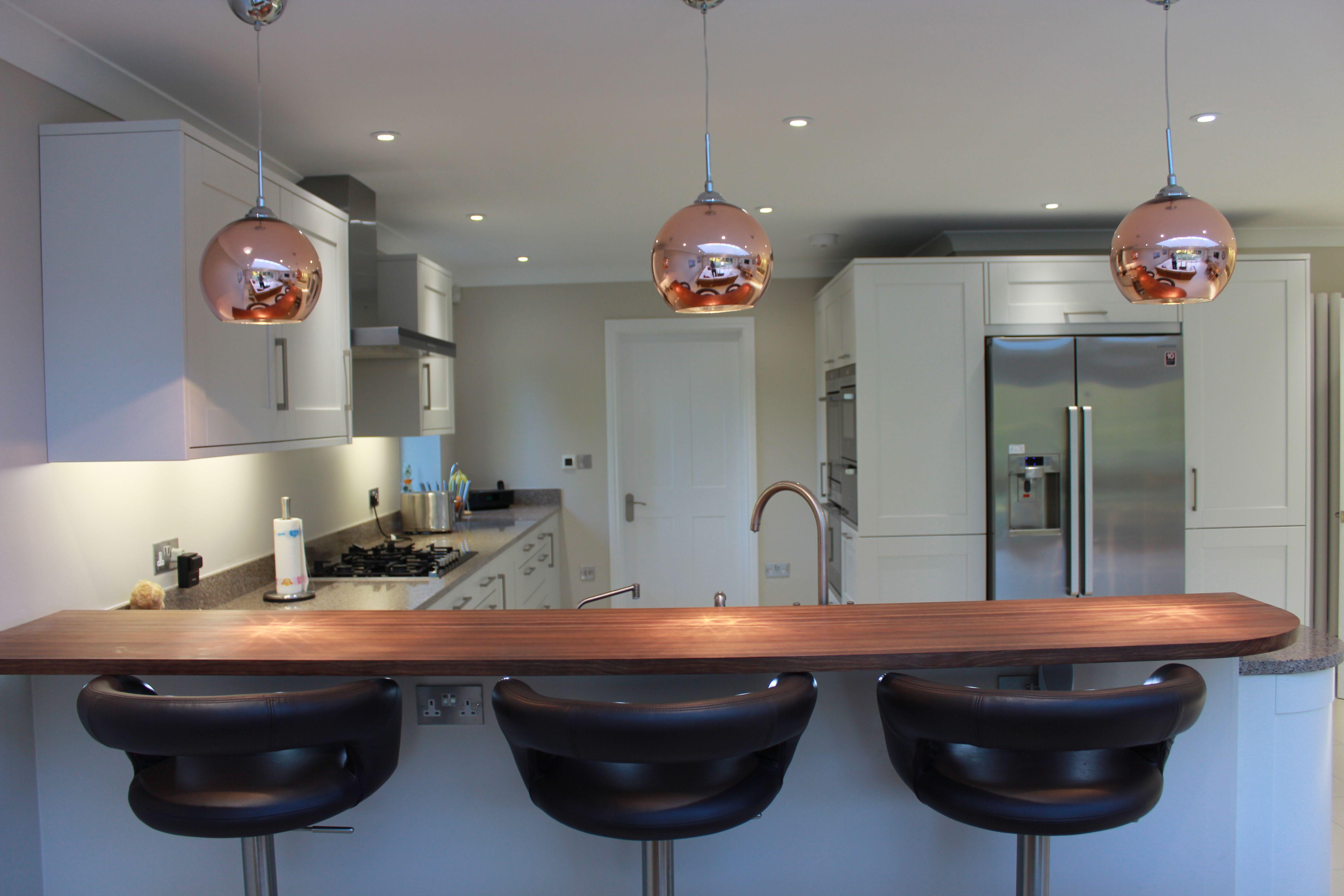 Three pendant lights over breakfast bar   Counter seating, Pendant ...