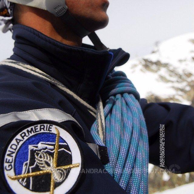 Secouriste du PGHM de l'Isère à l'entrainement [Ref:1308-07-1605] #gendarmerienationale #pghm #isere #escalade #cascadedeglace #patch #ecusson #corde #gendarme