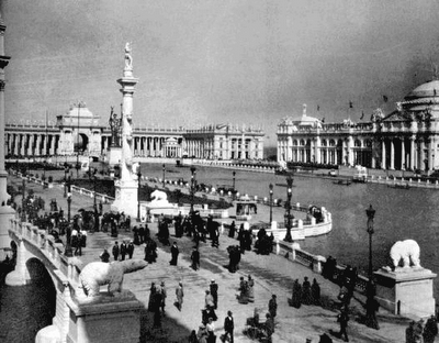 Chicago's World's Fair of 1893 not only captured the imagination and ingenuity of the elite, but also captured that of one of America's first known serial killers H.H. Holmes.  For the overflow of event travelers, he build a hotel that was constructed soley for the the purpose of confusion, torture and death.     rh