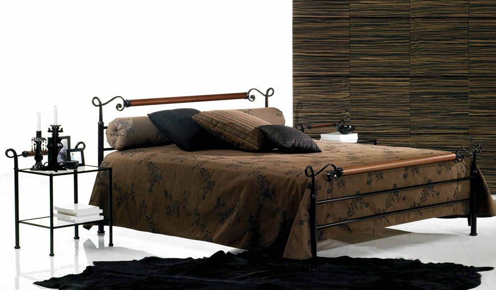 lit fer forg laqu noir zefirela lit bed furniture. Black Bedroom Furniture Sets. Home Design Ideas