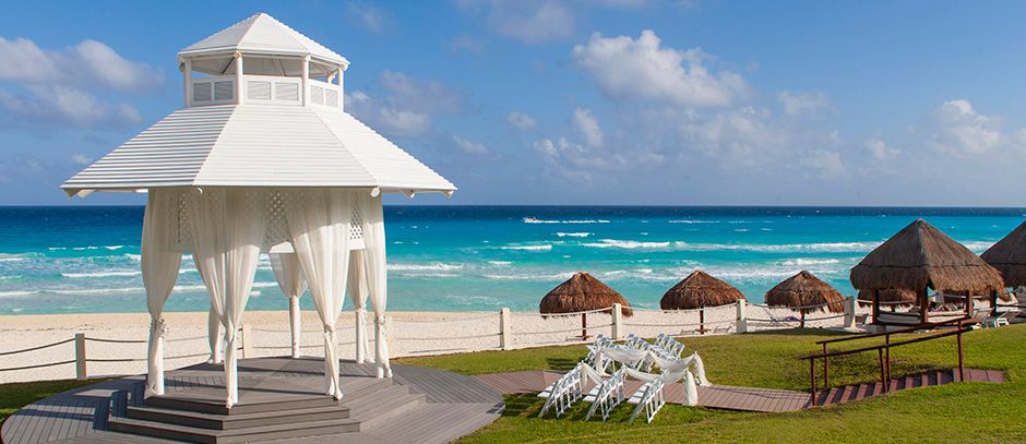 Flight Centre Weddings And Groups Consultant Krista Thibodeau Shares 5 Reasons To Get Married At The Paradisus Cancun