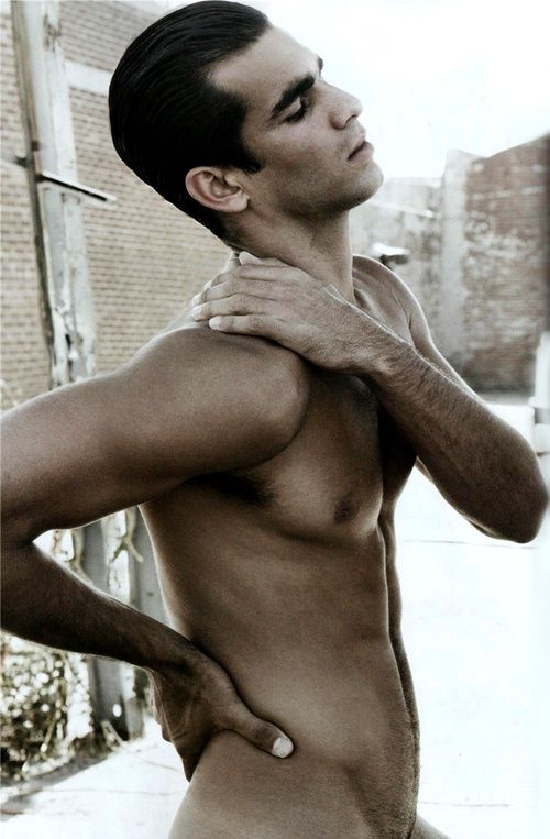 CITIZEN K DECEMBER 2008 - EDITORIAL : Ruben Cortada: .... Oh what I would do to him if he was mine....