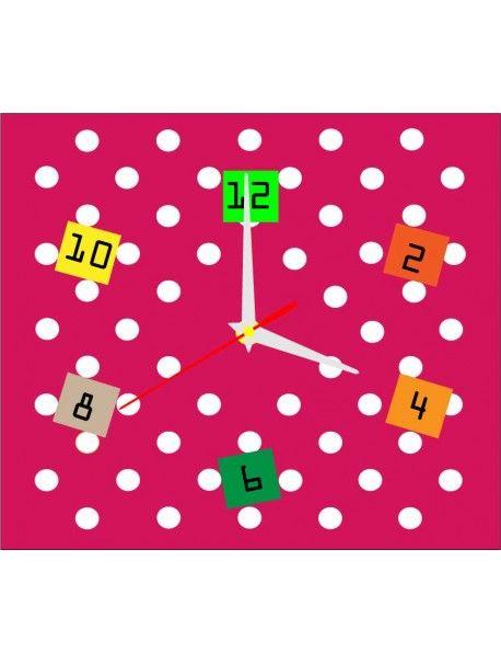 Stilvolle Wanduhr in der Küche - MORITZ, Farbe rosa, weiß Hände - wanduhr für küche