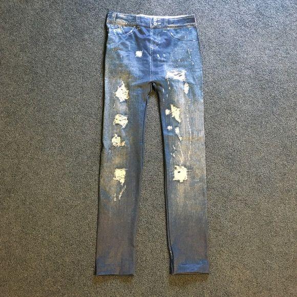Stretch leggings that resemble denim jeans Cute Stretch leggings with a denim-print. Size small/medium. Rip details printed on Pants Leggings