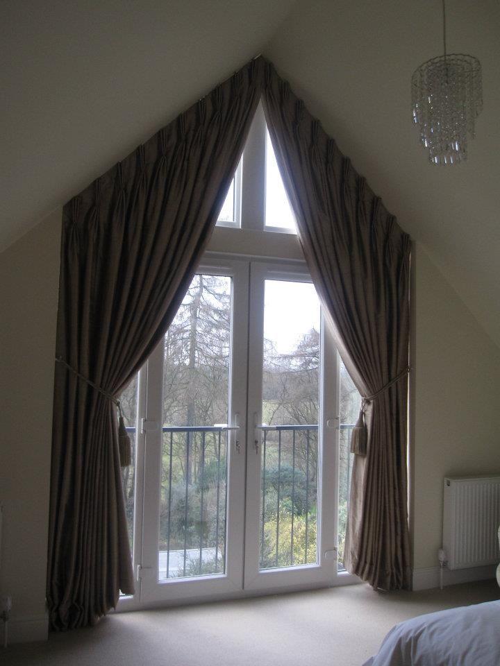 Curtains for apex windows google search bedroom candy for Window design arch