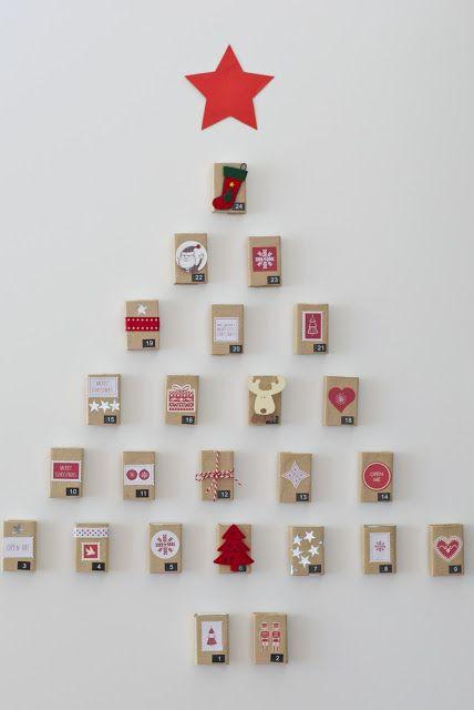 Longsing Calendario de Navidad Adviento Calendario de Adviento Arbol de Navidad Dise/ño Navide/ño Colgante de 24 d/ías de Santa Claus Hogar o la Oficina