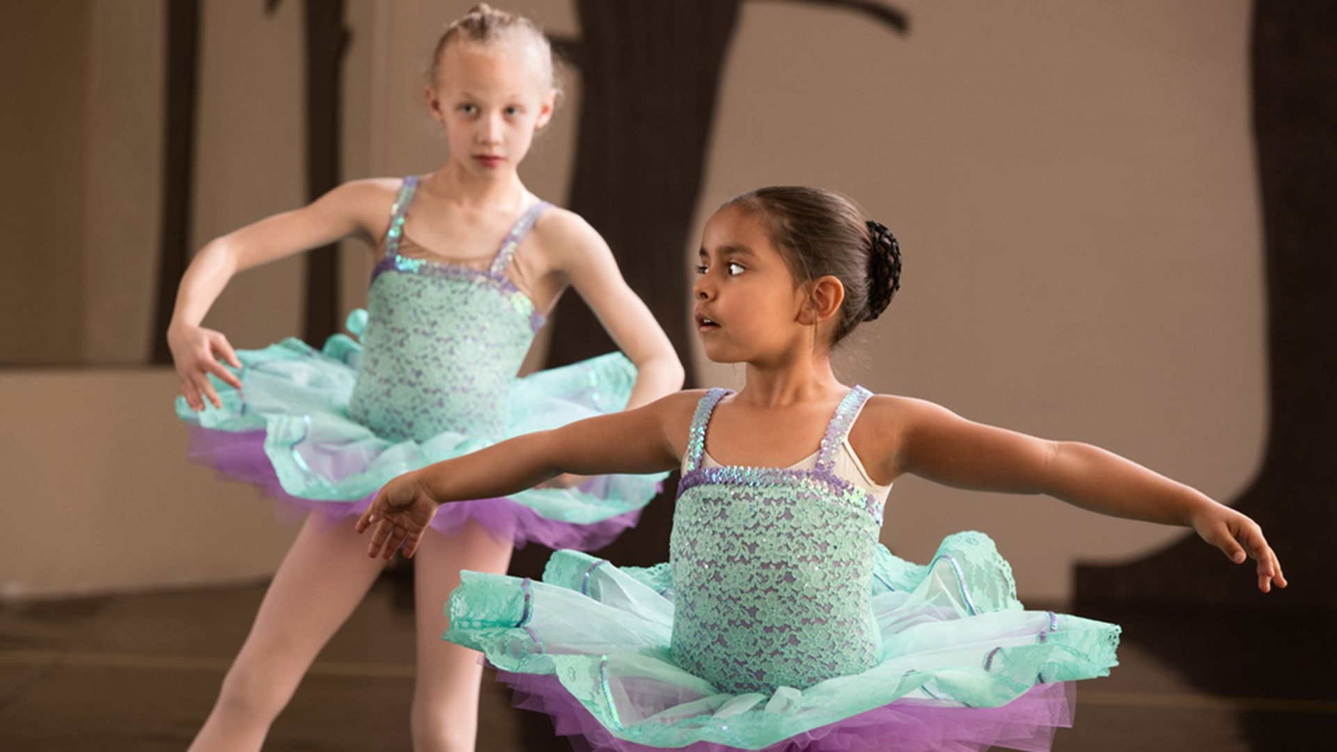 Tutus, tap, no sweat? Kids in dance classes may not get enough cardio