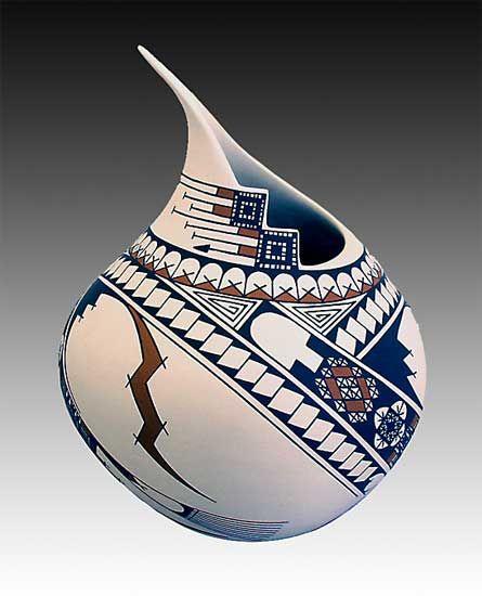 white clay pottery by Jorge Ledezma