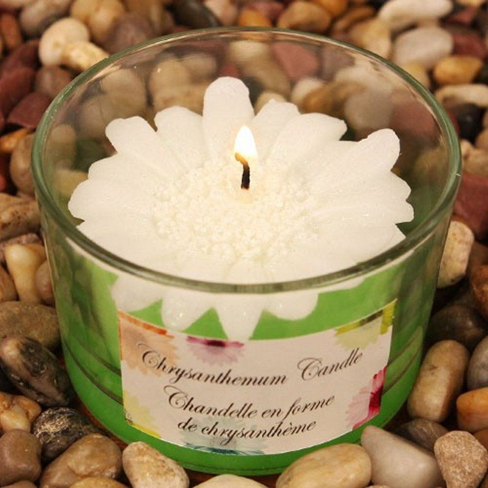 White Chrysanthemum Flower Scented Candle Candle Favors u Candle