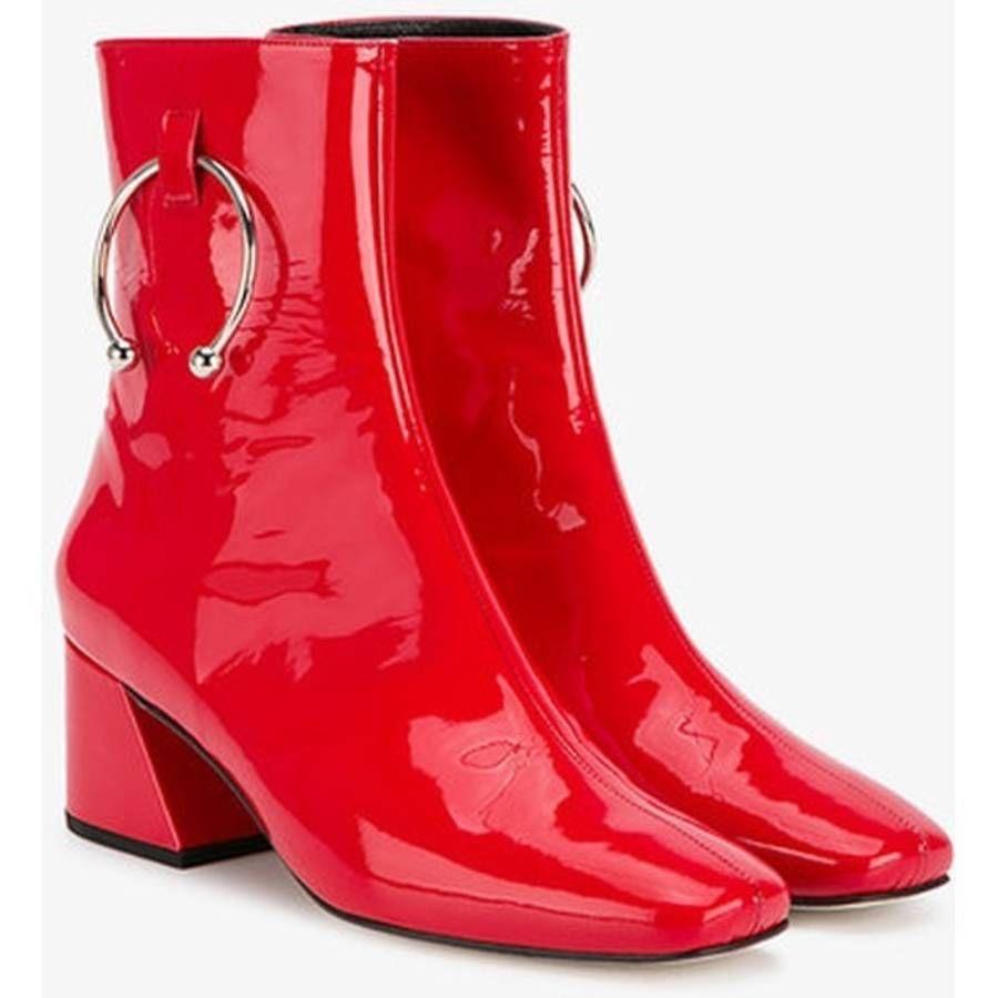 bottes rouges en vinyle piercing doateymur chaussures shoes pinterest bottes rouges. Black Bedroom Furniture Sets. Home Design Ideas
