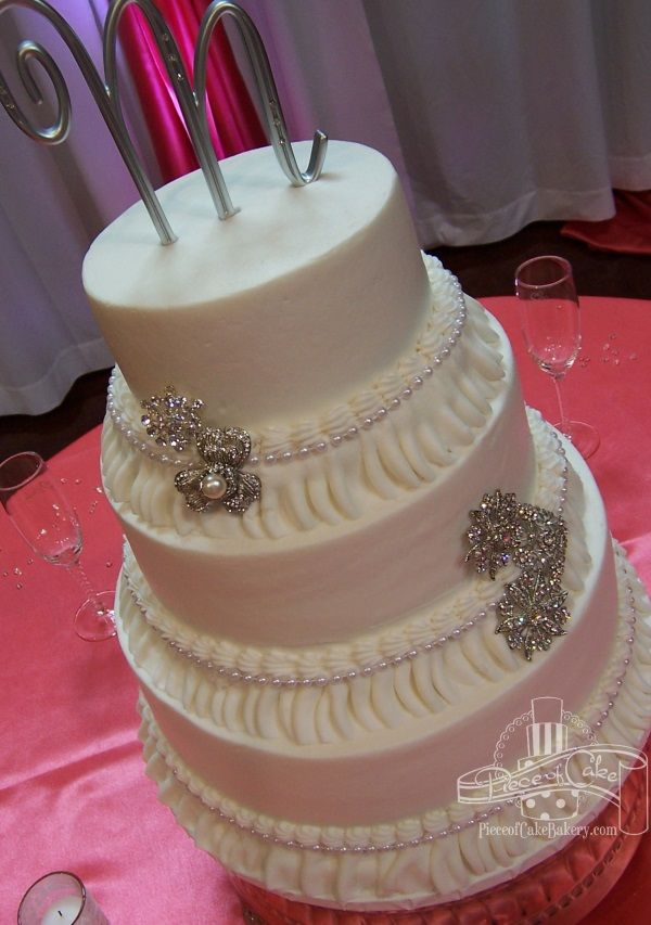 ExWed 288 C Pearls Frills No Bakery Cakes Piece Of