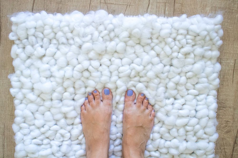 See How To Make A Bathroom Rug In Less Than One Hour Through A