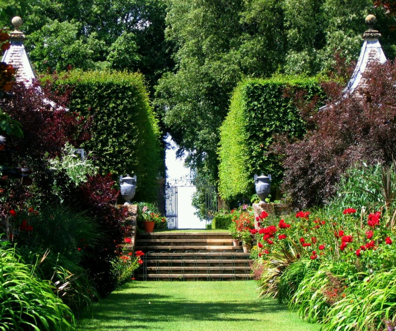 Latest Modern Home Beautiful Garden Designs Ideas Beautiful