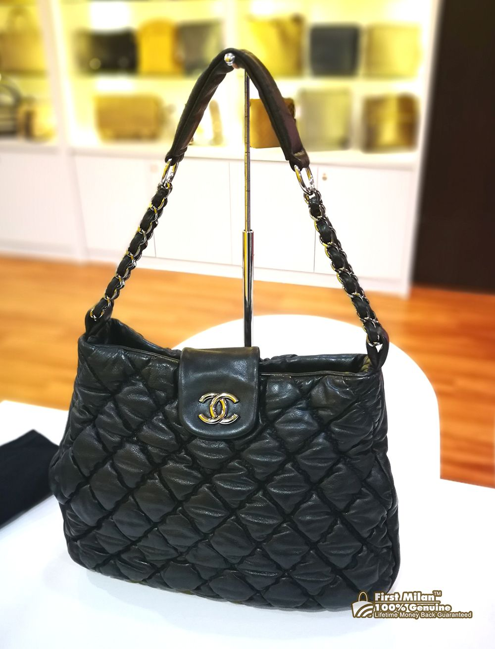 58d7e6e2bf9c CHANEL Bubble Quilted Tote RM4880 | CHANEL | Chanel, Bubble quilt, Bags