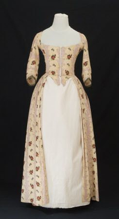 1770 cotton open robe. Snowshill Manor © National Trust