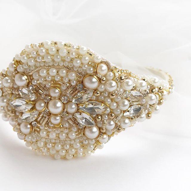Вышивка в барочном стиле 💓 Золотой сверкающий ободок с ...