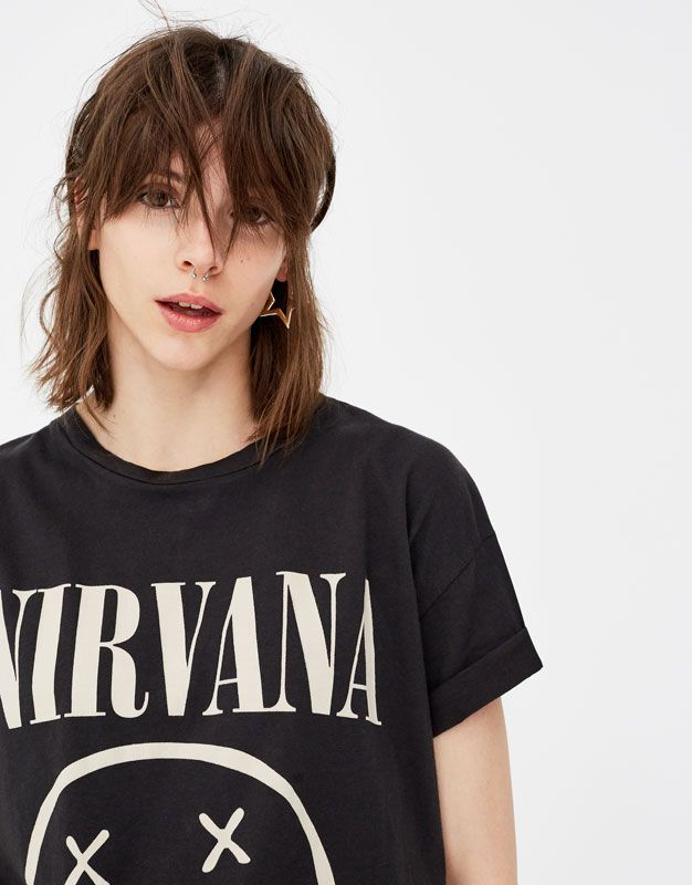 2ef1b236fdb8 Pull Bear - γυναικεία - ενδύματα - μπλουζάκια - μπλούζα με λογότυπο nirvana  - γκρι ανθρακι - 09236398-V2018