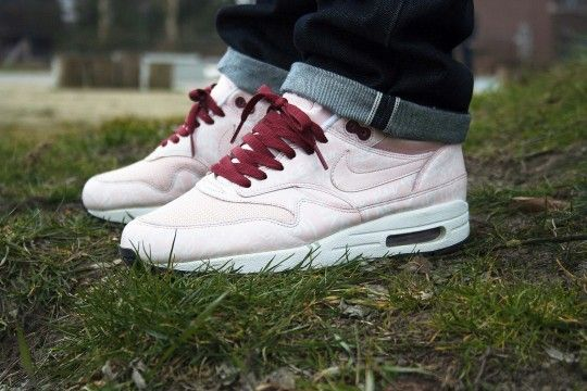 best authentic 6addb befbd ... sweden nike air max 1 pink powerwall d42c6 84abc