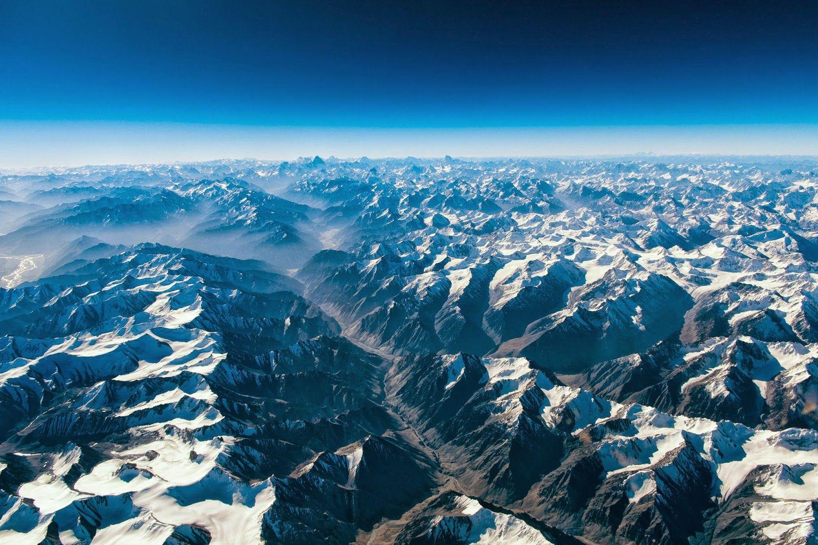Sociolatte: High above the Himalayas