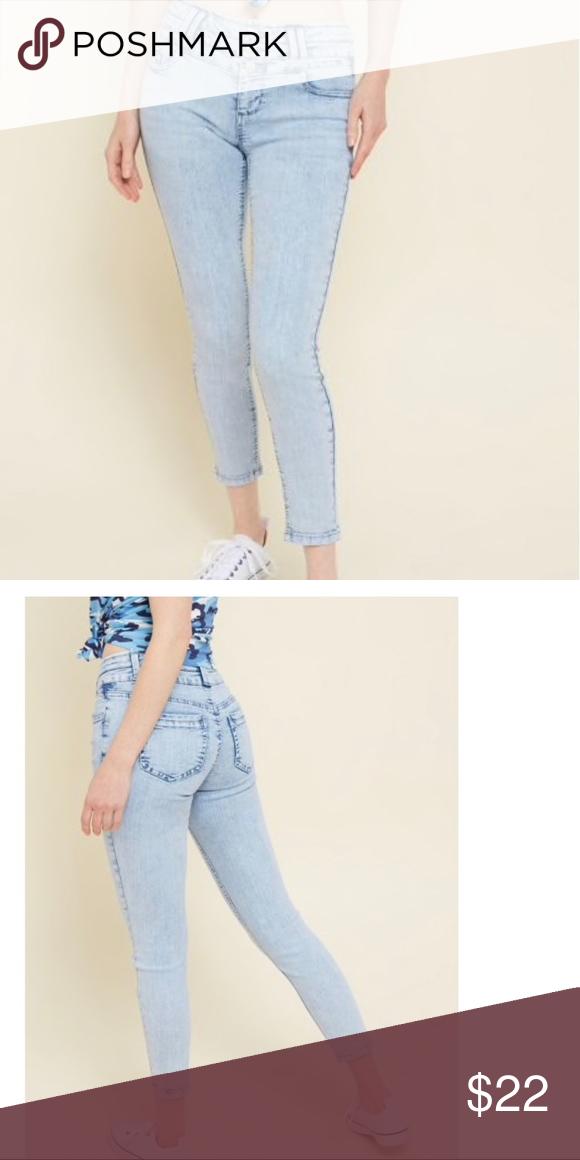 0b48a11c34ccf ... Wash Button Fly Ankle Jeans 9 10 NWT light blue acid wash Capri ankle  jean