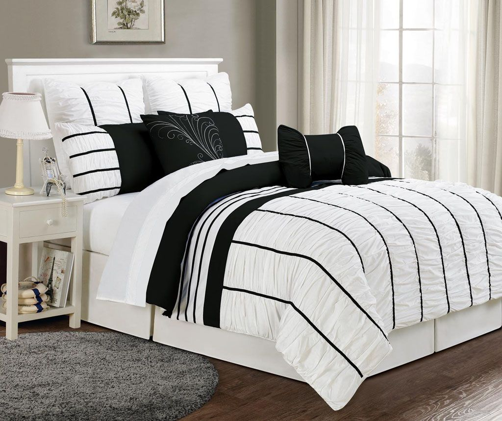 Best 8 Piece Queen Villa Black And White Comforter Set Black 400 x 300
