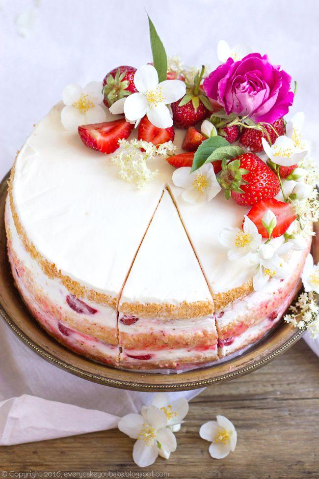 Tort Truskawkowy Z Syropem Z Kwiatow Czarnego Bzu Dessert Recipes Cupcake Cakes Cake