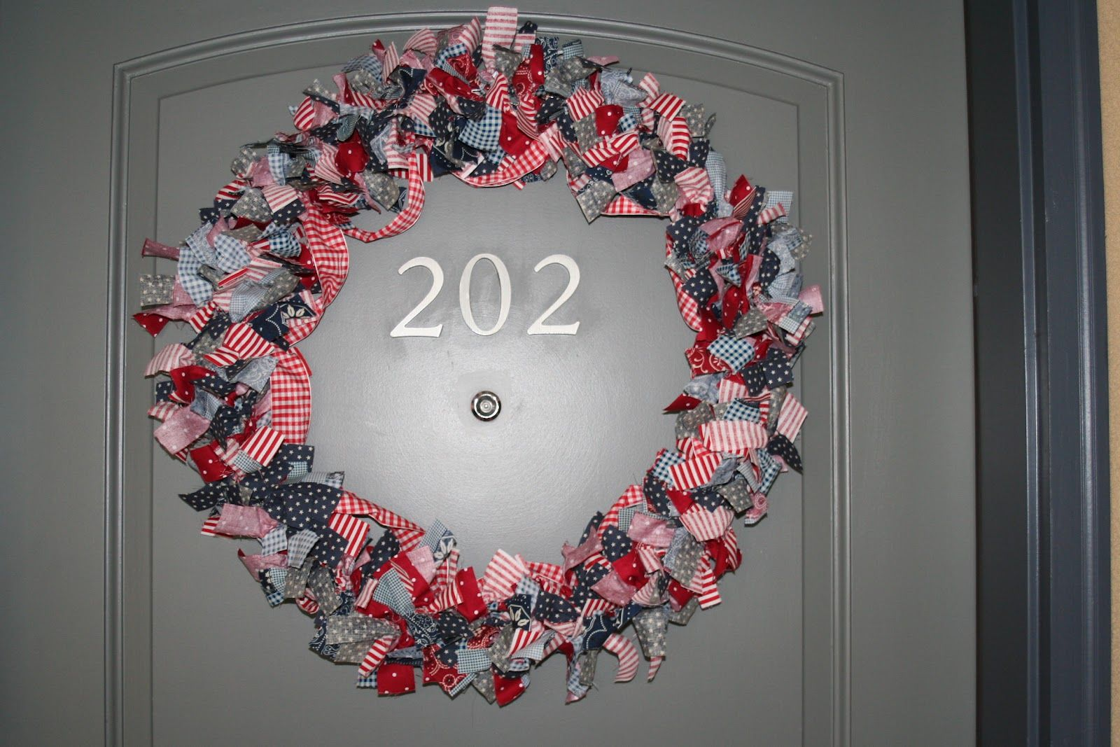 Patriotic Rag Quilt Patterns Rag Wreath Instructions Rag Wreath Rag Wreath Tutorial Wreaths