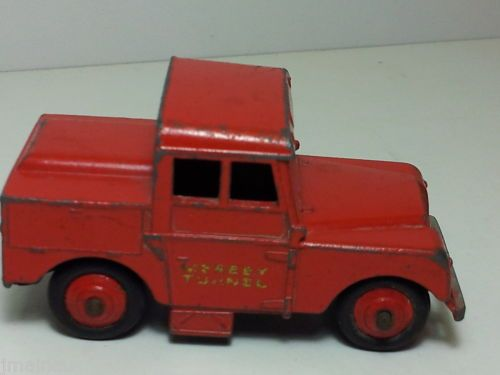 DINKY TOYS MERSEY TUNNEL LAND ROVER