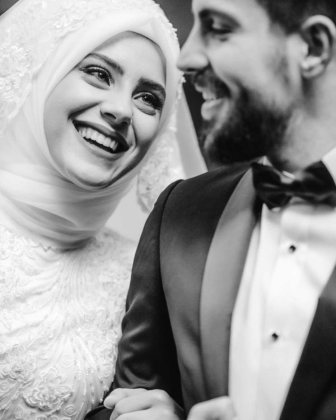 Aşkla gülmek... #groomdress