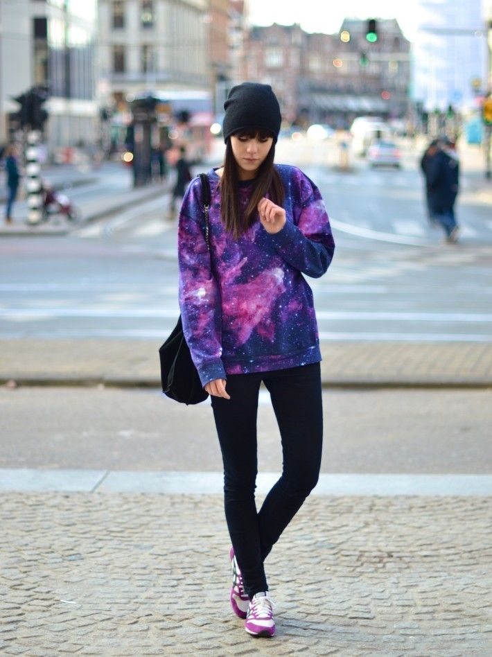 outfit purple galaxy sweater print