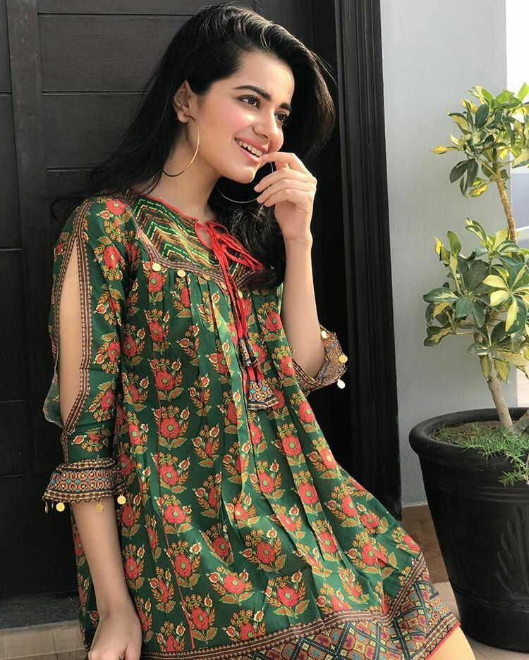 Pakistani Dresses Casual, Frock Fashion, Sleeves