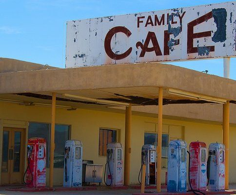 Desert Center no Chevron and no Cafe | Cars / old | Old gas