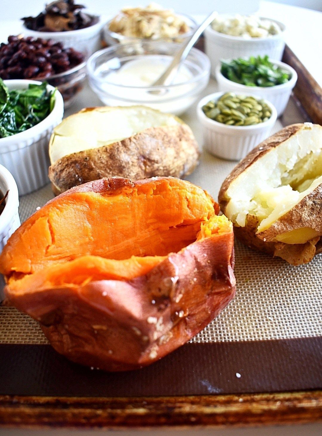Perfect Caramelized Onions | Recipe | Baked potato bar ...