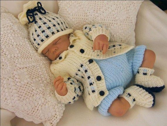 Baby Knitting Pattern - Toby Baby Boy/Girl -Download PDF Knitting Pattern - Reborn Doll Knitting Patterns #etsy #reborndolls #knittingpattern