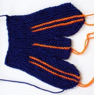 Knitting Nonni's Patterns: Original Sideways Mittens - 2 ...