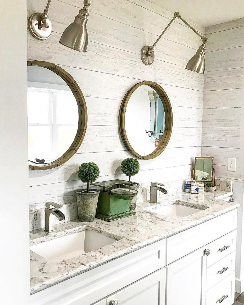 A White Wood Feature Wall This Is The Perfect Wallpaper For You The Shiplap Design Aged Appearance W Farmhouse Wallpaper Bathroom Wallpaper Wood Feature Wall