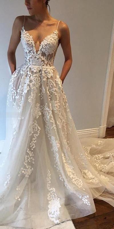 The back deep V Straps Wedding Dresses V-Neck with Pockets Sleeveless Bridal Gowns Lace applique Trailing wedding dress