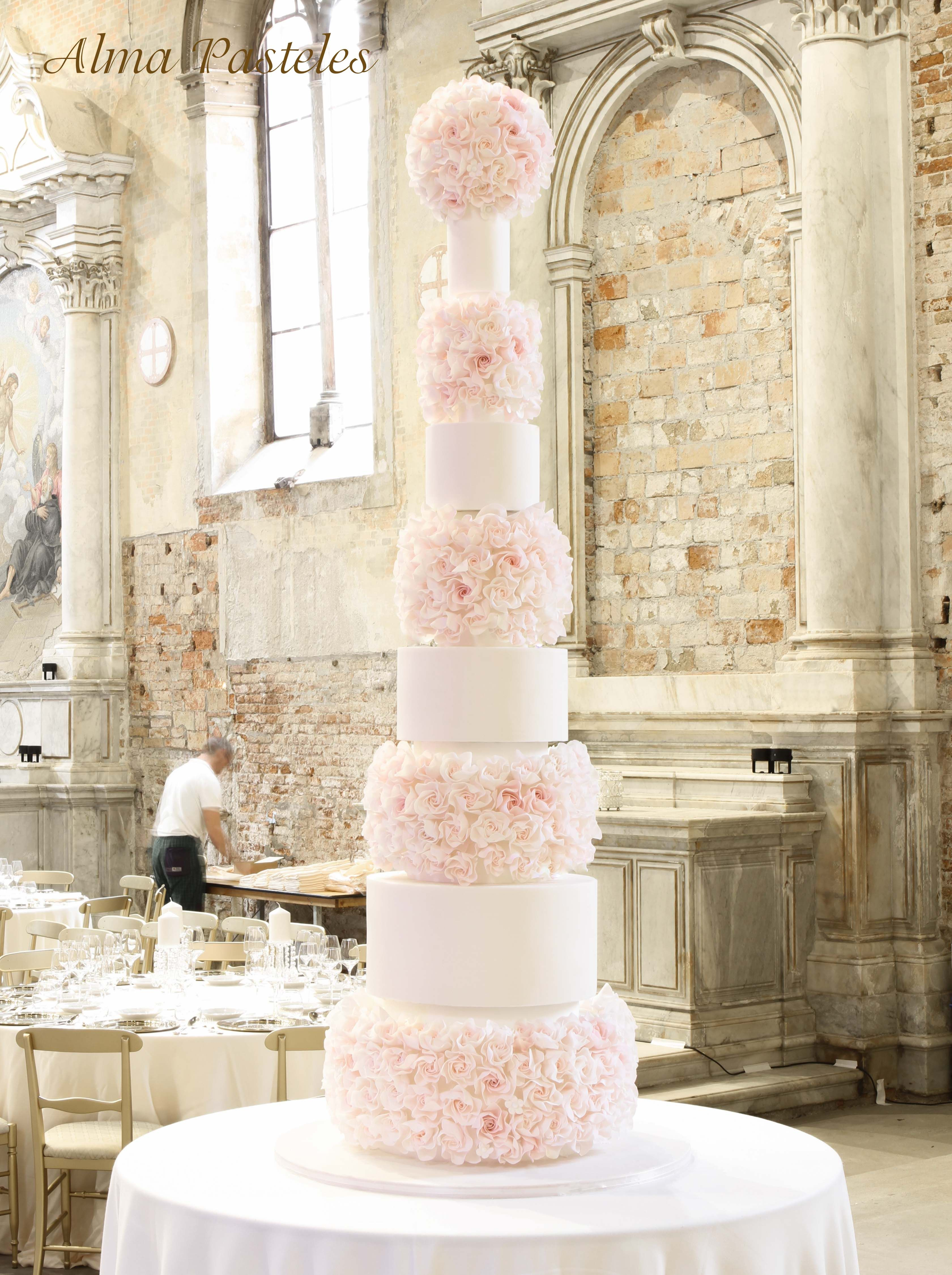 Unique 8 Tier Wedding Cake Frieze - The Wedding Ideas ...